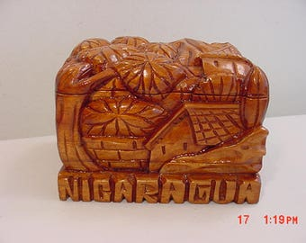 Vintage Nicaragua Hand Carved Wood Box  17 - 985