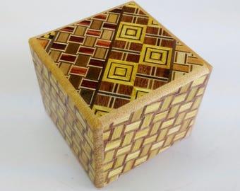 Japanese Puzzle box (Himitsu bako) Kobako 54mm (2.1inch) 7 steps Yosegi