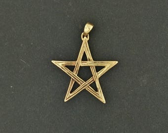 Lined Pentagram Pendant in Antique Bronze