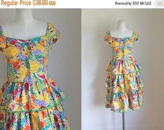 AWAY SALE 20% off vintage 1980s novelty dress - FRUIT Salad fruit print sundress / xxs-xs