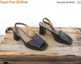20% Off Sale 90s Sandals Joan and David Crocodile Normcore Chunky Kitten Heel Slingback Sandals Ladies Size 7