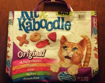 NEW LOW PRICE, Kit & Kaboodle,  Recycled Repurposed Upcycled Plastic Tote Bag for Cat Lovers