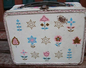 Vintage Wonderful Metal Lunch Box With Handle Latch Closure Ohio Art Flowers Snowflakes Bows