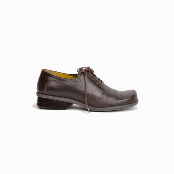 Vintage Heeled Oxford Shoes / Dark Brown Leather Oxfords - women's 7/7.5