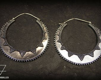 Boucles d'oreille ethniques en laiton plaqué argent # Large silver plated tribal hoop # Indian earrings