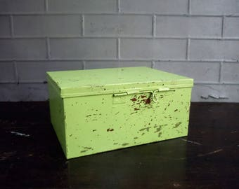 Vintage Metal Box with Hinged Lid and Dividers / Old Metal Box / Storage Organization / Notions Box / Supply Storage / Painted Metal Box