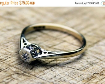 ON SALE Vintage Gold Diamond Ring Solitaire Wedding Engagement Ladies 9ct 9k FREE Uk Shipping Size O.5 / 7.5