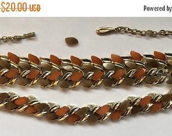 ON SALE Vintage Demi Parure Brown Thermoset Gold Tone Bracelet Necklace