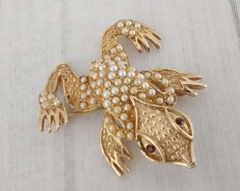 """As Is Shabby Vintage Frog Pin 1.9"""", Simulated Pearl Toad Brooch, Amphibian Jewelry, Herpetology Herpetologist Gift"""