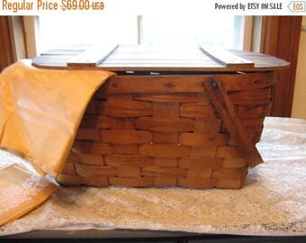 Vintage Woven Wood Picnic Basket Nordic Fench decor Cottage Chic