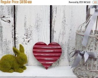 ON SALE Metal Heart / Tin Wavy Heart / Red Heart / Love Sign / Rustic Heart / Heart Wall Hanging