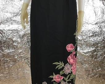 Vintage Black Floral Accent 90's Skirt  L