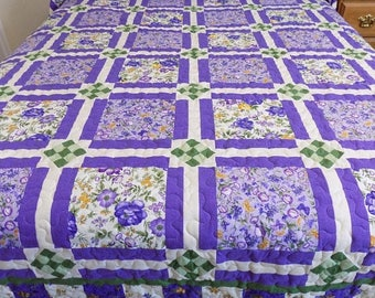 Sale Christmas in July Floral Queen Purple Handmade Quilt 110.5 x 96