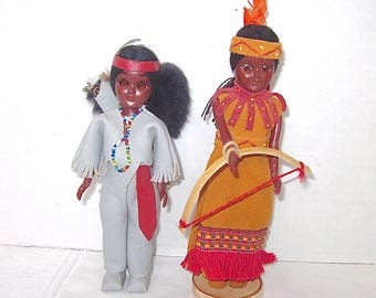 Vintage Indian Dolls, Souvenir Dolls, Native American dolls, Genuine Leather, 1960s, Set of 2