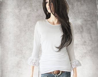 White top - Eyelet mid sleeve - scoop neck top - pull over tee - bow shirt