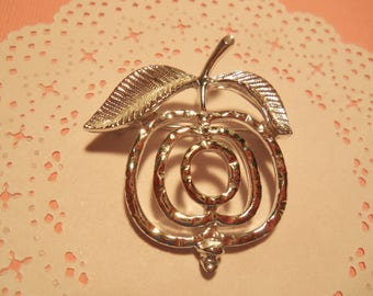Vintage Sarah Coventry 1970 Silver Tone Apple Pin Brooch