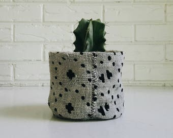 Gray and Black Mudcloth Plant Cover - Planter Fabric - Modern Bohemian Decor
