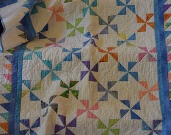 Pinwheel baby quilt | Etsy : baby pinwheel quilt - Adamdwight.com