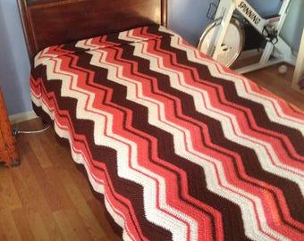 Geometric Bedspread, Geometric Quilt, Mid Century Bedspread, Crochet Bedspread, Crochet Bedspread