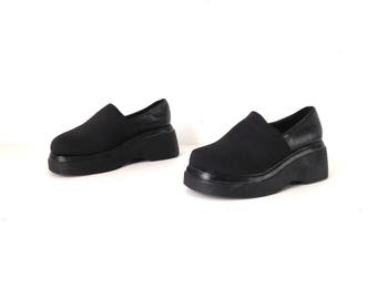 vintage BLACK PLATFORM chunky slip on women's size 8 GOTH summer elastic band shoes