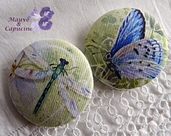 2 dragonfly and butterfly buttons, 1.57 in / 40 mm in diameter