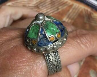 Large Old Berber Enamel Ring with Enamel, S Morocco (inner diameter 2.2 cm, Size US 12 1/2