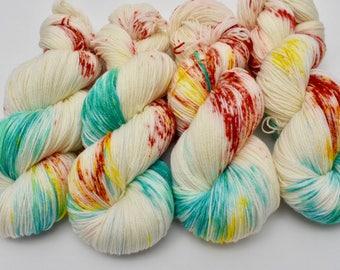 Coco Fingering, Hand Dyed Yarn, Fingering Weight, Superwash Merino, Ultra Soft Merino, Yarn, Hand Painted, 100g, Sunlight Showcase
