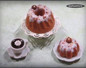 Dollhouse miniature kouglof/pound cake, 12th scale miniature food for your dollhouse, doll food