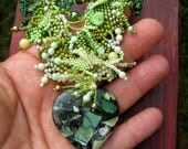 Green jewelry /  Heart necklace for women / Gift for her / Free form necklace / Statement necklace / Beaded jewelry / Heart jewelry
