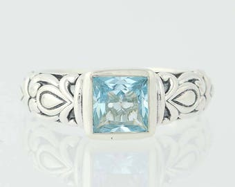 Blue Topaz Ring - Sterling Silver Ring size 5 Floral Q9925