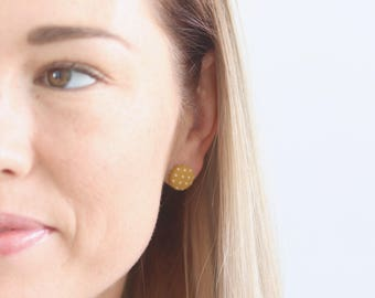Mustard and white spots Hypoallergenic stud earrings - Hypoallergenic surgical stainless steel - Made in Australia - Easy AU - kookinuts