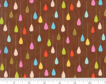 Wing and Leaf - Happy Sprinkles Raindrops Brown by Gina Martin from Moda