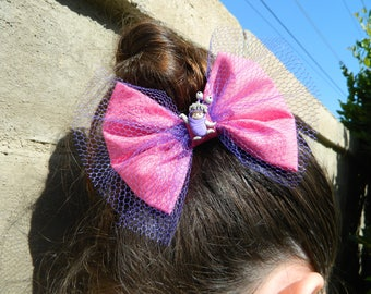 Boo inspired fabric bow