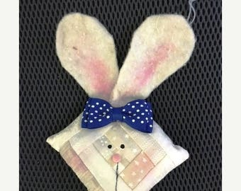 20 % off thru 8/20 Log cabin BUNNY RABBIT White with blue bow Quilted Ornament