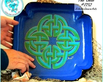 Large Celtic Knot Bowl with Glitter, Handpainted Wood, The Gate: #1752