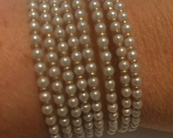 Pearl & Gold memory wire seed bead stretch bracelet