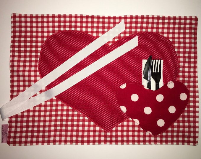 Double Heart Pocket Placemat for Tailgating Lunchmat Travel placemat Pocket Placemat linens Toddler Placemat