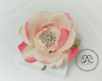 Bridal hair flower, bridal rose hair clip, wedding flower hair clip, rose hair clip, pink rose clip, rose brooch, bridal accessories,