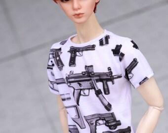 SD printed guns T-shirt