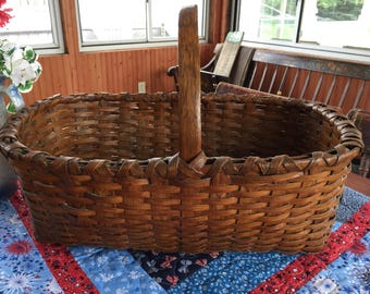 Antique Market Basket primitive picnic basket bread fruit country vintage farmhose farm vegetables shopping basket woven hickory apple shop