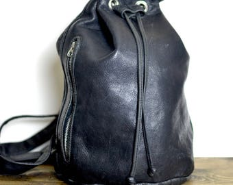 Vintage Rugged Black Drawstring Backpack - m0851 - Rugby North America Leather Bag