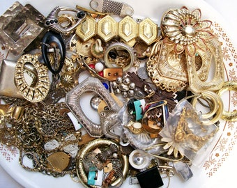 Reserved for foxy - - BROKEN JEWELRY LOT 1.10 lb Componenets Pieces Parts Beads Findings Destash Craft Mixed Media Upcycle Mosaic Collage .6