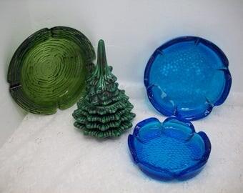 Vintage Ceramic Christmas Tree Lighter Glass Turquoise Blue Dimpled Lotus Ashtray(2) & Green Glass Swirled Ashtray