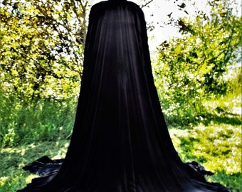 The Evil Queen Cape