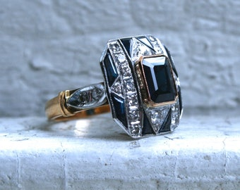 Stunning Art Deco 18K Yellow Gold/ Platinum Diamond and Sapphire Ring - 3.66ct.