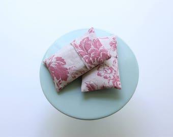 Lavender Sachet Pink Red Cabbage & Roses Linen, Set of 1