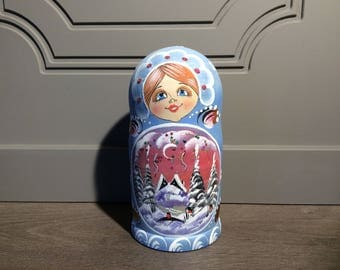 Nesting Doll Winter Scene Christmas Nesting Doll Set of 5