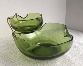 Avocado Green Glass Chip and Dip Bowl Set / Vintage Anchor Hocking Accent Modern Three Piece Set