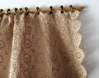 Vintage ECRU Hand Crocheted Heavy Lace Panel/Table Cover/Curtain