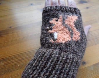 Squirrel fingerless mittens/gloves